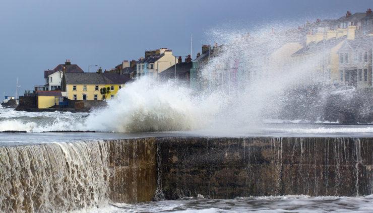 Storm-Hits-Ireland