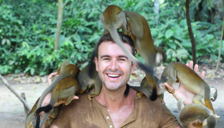 Zookeeper-with-monkeys