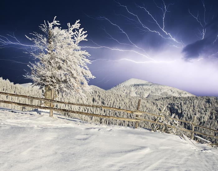 thundersnow lightning snow