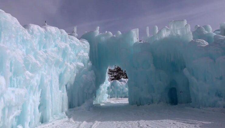 ice castles in Denver