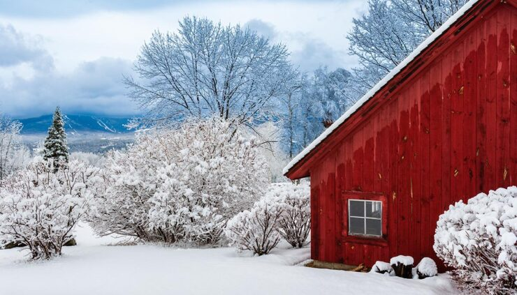 red barn in Vermont winter