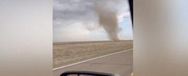landspout appears near road