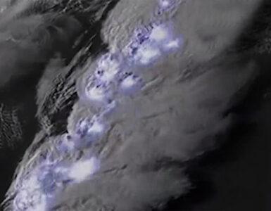 lightning storm caught on camera